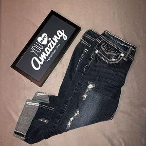 Ariya Distressed Capri Jeans Size 9/10